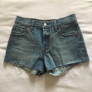 NWOT Levi's 501 Jean Shorts